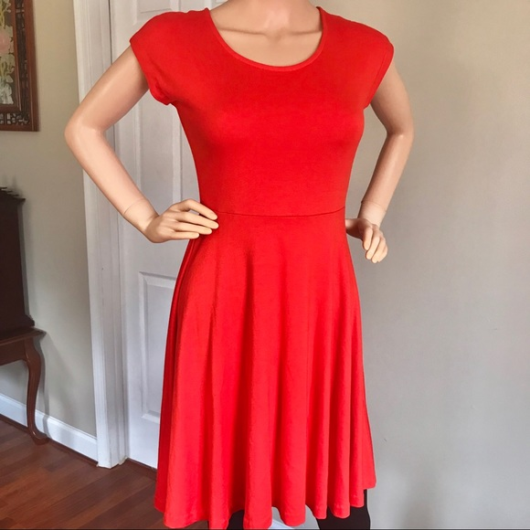 Donna Ricco Dresses & Skirts - 👗Donna Ricco nice and comfortable orange dress.👗